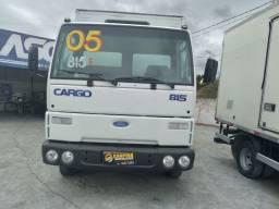 Caminhão Ford Cargo 815 2005