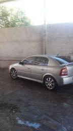 Astra bege 2011 - novíssimo