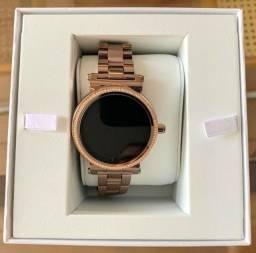 Smartwatch relógio digital michael kors access mkt5030 sofie bronze