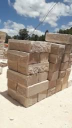 Pedras Grés (grossa) carga fechada 600 unid.
