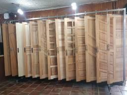 Portas de Madeira NOVA diversos modelos - Aberturas Canelense