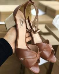 Sandália para revenda
