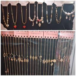 Repasso lote de bijuterias a preço de revenda