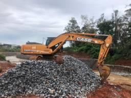 Escavadeira Hidráulica cx220b