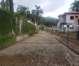 Título do anúncio: Casas em Ipiabas com amplo quintal em condomínio fechado.