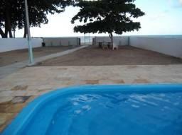Aluga-se Casa Beira Mar com Piscina em Maria Farinha