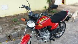 Vendo moto sucata de leilão - 2001