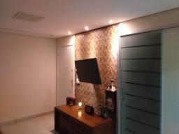 Apartamento 03 quartos com suíte, reformado, decorado e em ótima localização no bairro cai