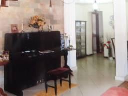 Sitio com Piscina em Salvador