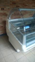 Vitrines Isa Italiana para gelato - modelo Gelato Show 16 e 24 sabores