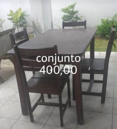 Mesa de madeira c cadeira