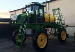 Trator pulverizador agrícola