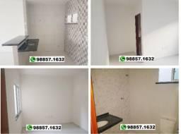 C1C Casa Plana 2 quartos, ampla vaga de garagem localização otima