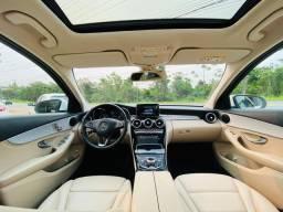 Mercedes C-200 com teto solar e interior caramelo c200