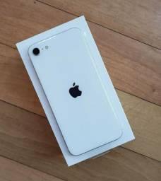 iPhone SE 64Gb 2020 Branco