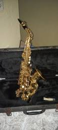Vendo sax soprano curvo ou troco por sax tenor