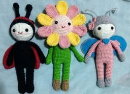 Kit três bonecas amigurumi