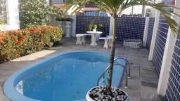 Casa com piscina, 3 quartos, 1 suíte, 200m2, - 13 de Maio - Locação