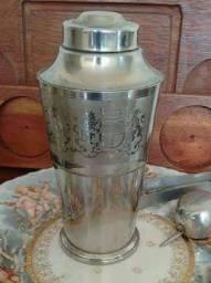 Coqueteleira Antiga Arte em Prata