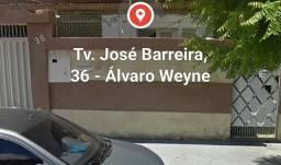 Linda casa tamanho familia no Alvaro Wayne