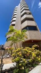Lindo apartamento de 3 dormitórios na Batista Campos