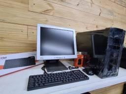 Título do anúncio: Kit Pc Completo Dual Core + Monitor + Kit teclado e Mouse Loja Fisica Curitiba!