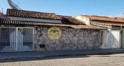 Casa à Venda com 03 quartos, 01 suíte, Conjunto Centenário, Feira de Santana/BA