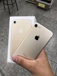 Título do anúncio: Bom dia >> iPhone 7 dourado na caixa sucesso