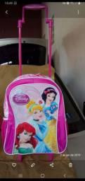 Vende se mochilas de Rodinhas das princesas