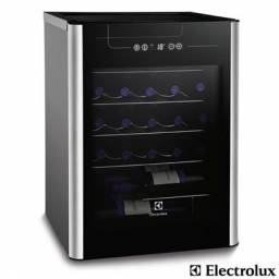 Título do anúncio: Adega climatizada Electrolux 24 vinhos (Acs24)
