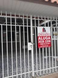 Aluga- se casa em Uvaranas