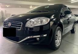 Fiat Linea Essence com 78.000 quilômetros rodados