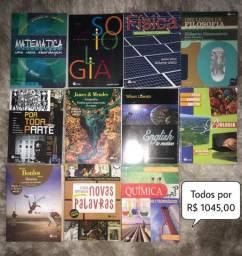 Livros Ensino médio em ótimo estado!