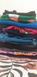 Lote de roupas femininas usadas