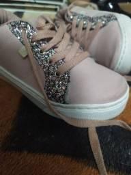 Tênis infantil com glitter