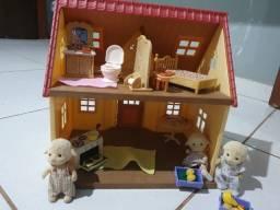 Casinha e acessórios sylvanian families