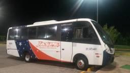 Micro ônibus com ar condicionado central ano 2008 - 2008