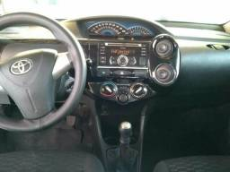 Toyota Etios sedan 1.5 comp 2014 - 2014