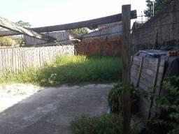 Terreno com 1 casa