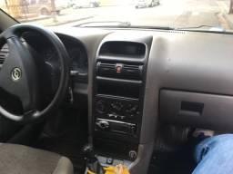 Vendo Astra Sedan - 2004