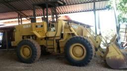 Pá Carregadeira Caterpillar 930T em ótimo estado de conservação.