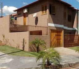 Casa Vendo/Troco Localizada em Sapucaía do Sul