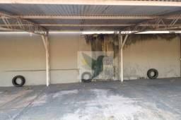 Box/Garagem 03 para alugar por R$ 200/mês - Vila Birigui - Apenas 50Mtrs da Sta Casa de Ro