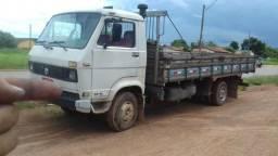 Caminhão 7.90 - 1987