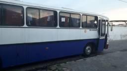 Ônibus Mercedes ano 84