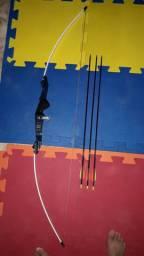 Vendo arco e flechas  de 30 libras