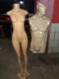 Vendo 2 manequins.
