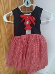 Vestido Chapeuzinho vermelho completo