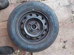 Roda 13 pneus novos