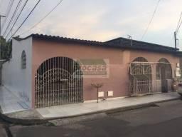 Alugo Casa na Alvorada com 3 Quartos - R$ 1.200/mês